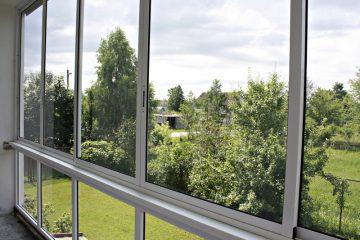 Какой балкон лучше, пластиковый или алюминиевый