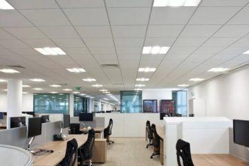 Светильники LED в офисе фото